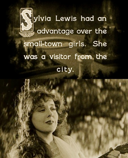 Jobyna Ralston as Sylvia Lewis // Wings (1927)
