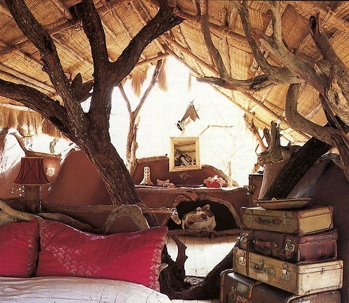 i want a treehouse exactly like this. to read in. ❤