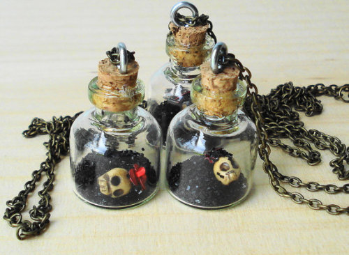 Frida Kahlo Ashes in a Bottle Necklace by Exgalabur on Etsy