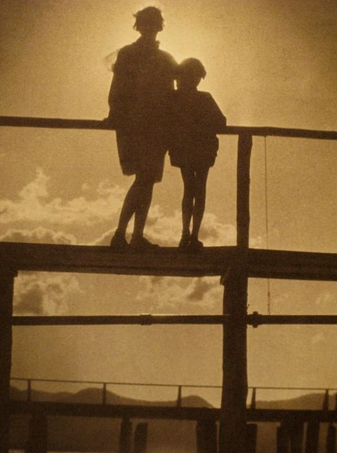 mpdrolet:  Ethel and Barbara on the Pier, Lake Tahoe, 1930 Karl Struss