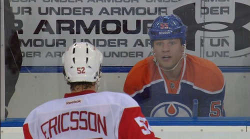 From @emptynetters, Ericsson visits a zoo gets stared at by Eager
