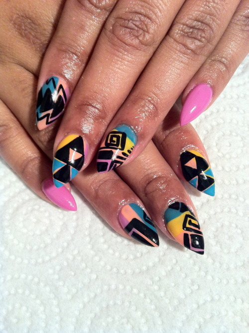 nailsbyregina:  Kleur definitely inspired this design! I love them.