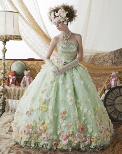 "mintkismet:  fashionistas-wonderland:  Stella de Libero ""Color"" Bridal Collection: Stella de Libero Color Bridal Collection Photo 14 