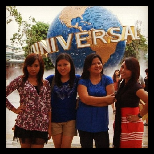 Universal Studios, Singapore #singapore #universalstudio #family #travel  (Taken with instagram)