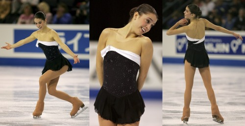 Alissa Czisny skating her free program at the 2007 Four Continents Championships. She was skating to music from the Sabrina soundtrack by John Williams. Photos from Zimbio.
