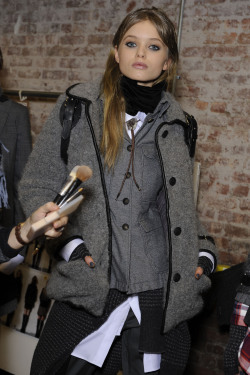 Abbey Lee Kershaw Backstage, Rag & Bone F/W 2010, New York Fashion Week