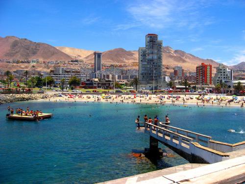 Mi Norte querido =)  segurito:  srdooms:  hermoso!!!!!!!! A pesar de toda mierda minera sigue siendo un lindo lugar donde vivir … :D  #Antofagasta