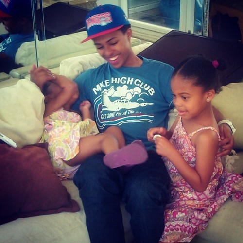 rappershavemadswag:  I can't even fathom how cute this is!! :)