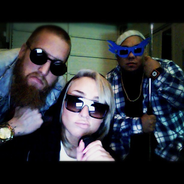 @mynameiskay @thedjdlo and I mean muggin - #toonmuchjamesons during their rehearsal