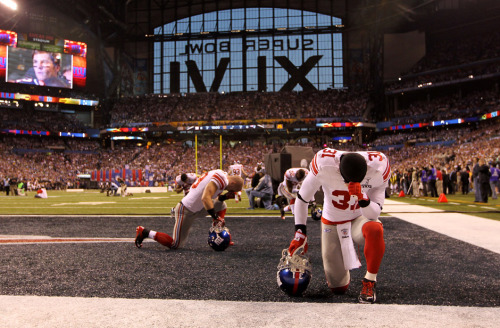Guys, let's not lose sight of what really matters here. TEBOWING!!!!!!