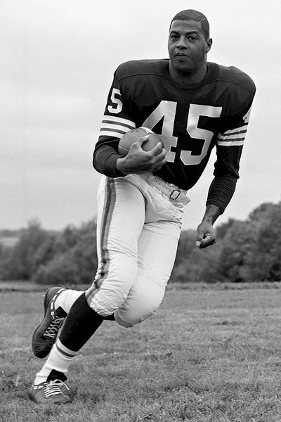 Black Excellence ❘ Ernie Davis