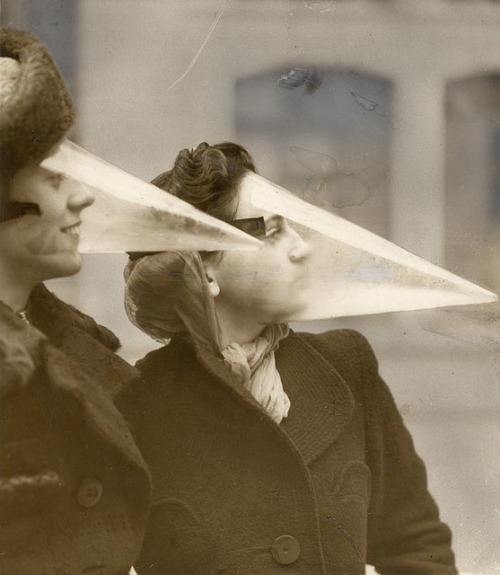 Plastic face protection from snowstorms, Canada, 1939
