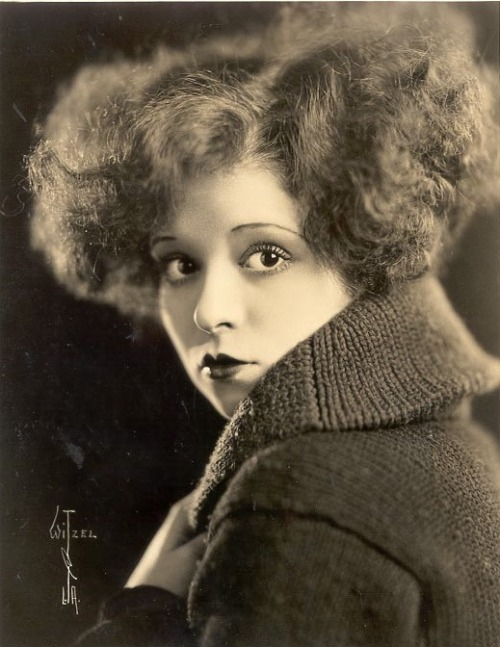Those Eyes & That Mouth  Clara Bow Photo by Max Munn Autrey for Witzel