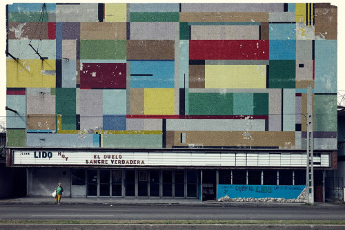 Cinecito La Habana by Jordi Colomer. Photographer unknown.