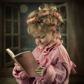 Reading by patrizia burra