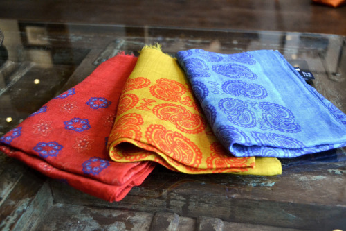 shrinestyle:  Drake's Spring Scarves at Shrine. A Lightweight option to keep warm and stay stylish during those last few brisk months. Come in and take a look at Shrine - 47 E Oak St. Chicago, IL  I'm slowly coming around to the idea of a spring scarf, however, those colors are very attractive.