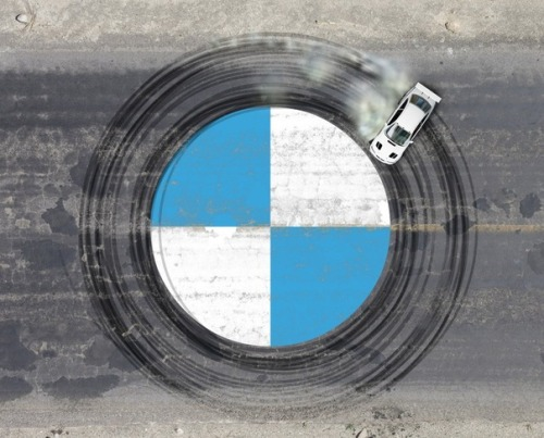 stua:  BMW logo inception.
