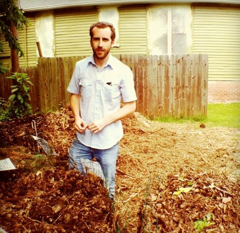 The photo above is of our very own Chris Tackett and his compost heap, and doesn't he look content? There may be a good reason. (via How Compost Gets You High (Literally) : TreeHugger)