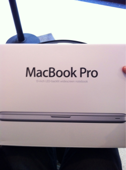 My new baby! Gonna blog so hard from this bad boy. Pros: Everything. Cons: No more convenient 'Reaction GIF' folder. Tumblr Problems.