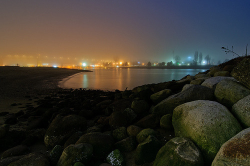 ifckinglovevancouver:  Sunset Beach, foggy (by colink.)