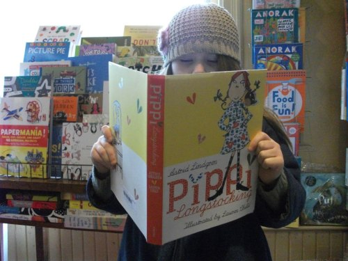 librairiedrawnandquarterly:  Kid-picked kid's books at the Librairie D&Q.
