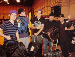 * lololol big time rush *1k apparently kendall has one of those power bags that they tried selling us at college fest
