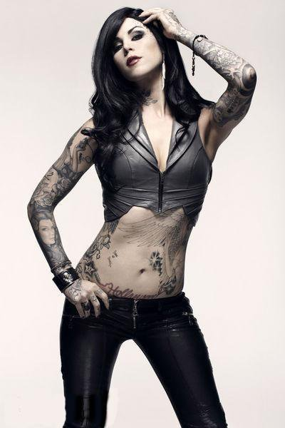 Kat Von D makes me sexually frustrated.