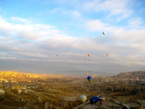 Floating above the world… well floating above Cappadocia that is.