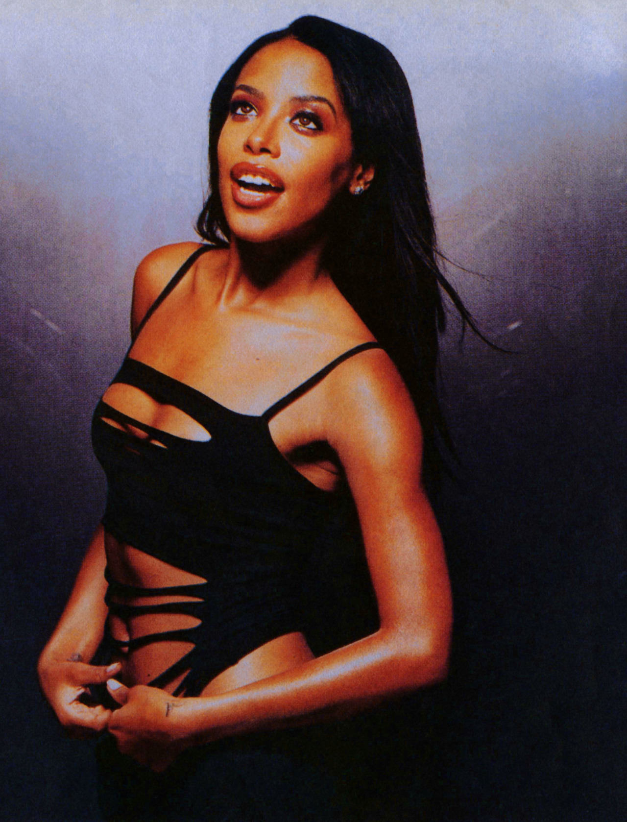 allaboutonedirectionandaaliyah:  This One Is Rare , To Me At Least :P