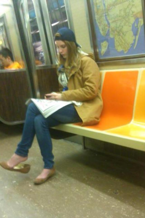 dr-o-wn:  My sisters's friend, Shervin, saw Lana Del Rey on the subway earlier today. I'M SO JEALOUS!  Lana Del Rey is that you girl?