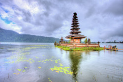 Pura Ulun Danu Beratan, Bali by LifeInMacro | Thainlin Tay on Flickr.