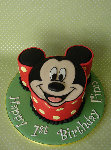 Mickey Mouse Birthday Cake (by RubyteaCakes)