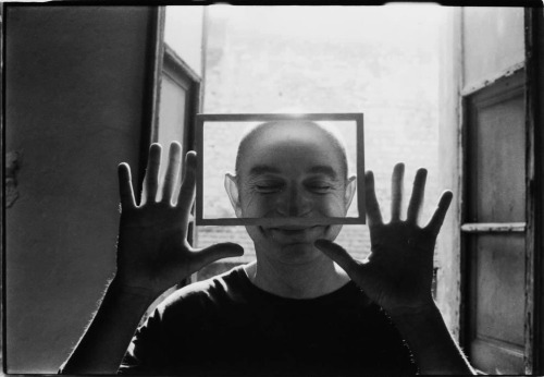 Duane Michals, Arles, 1976 -by Christian Vogt   [+] from lalettre