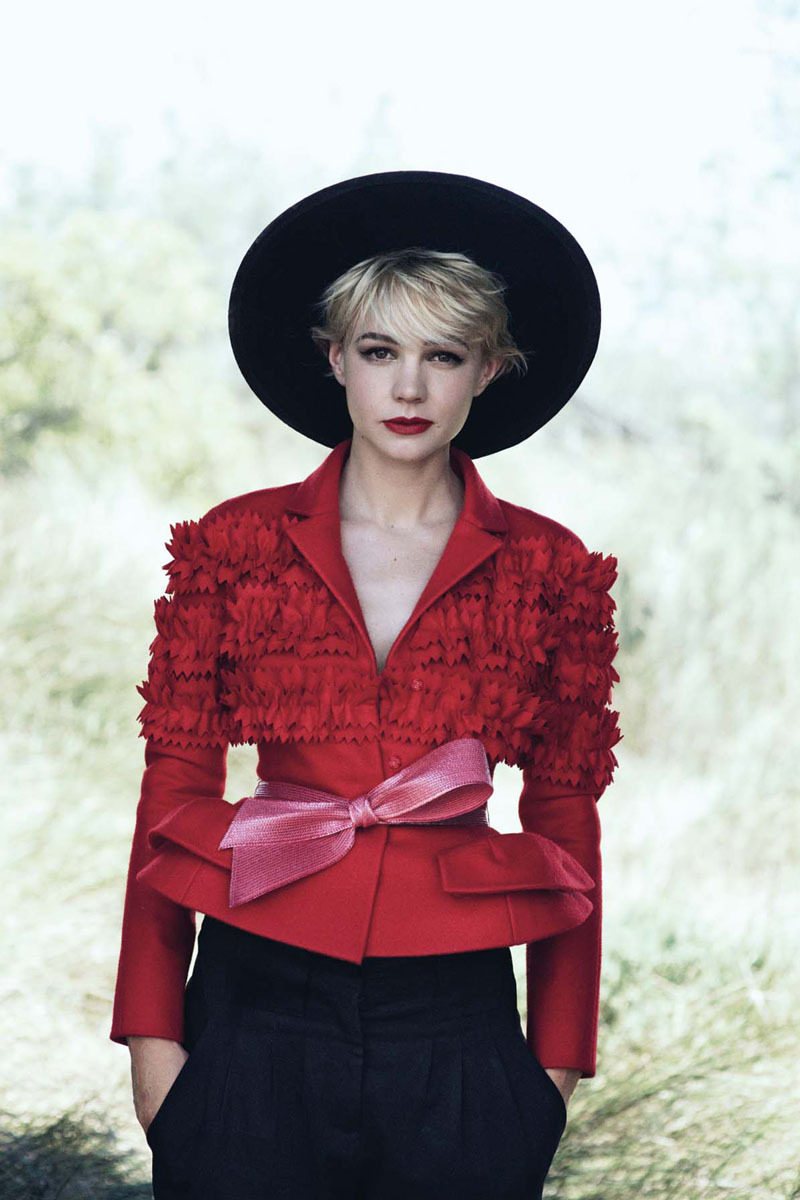 (via Carey Mulligan for Vogue US October 2010 by Peter Lindbergh)