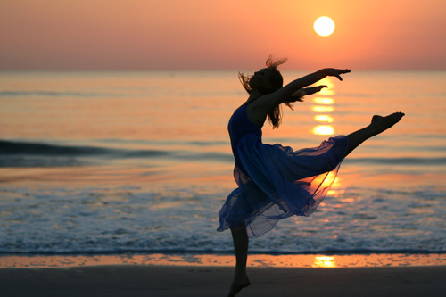 Dancing at Sunrise By Beth Rubin