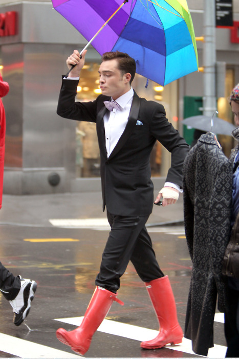justsodamnclassy:  haters gonnna hate  Chuck Bass is a boss.