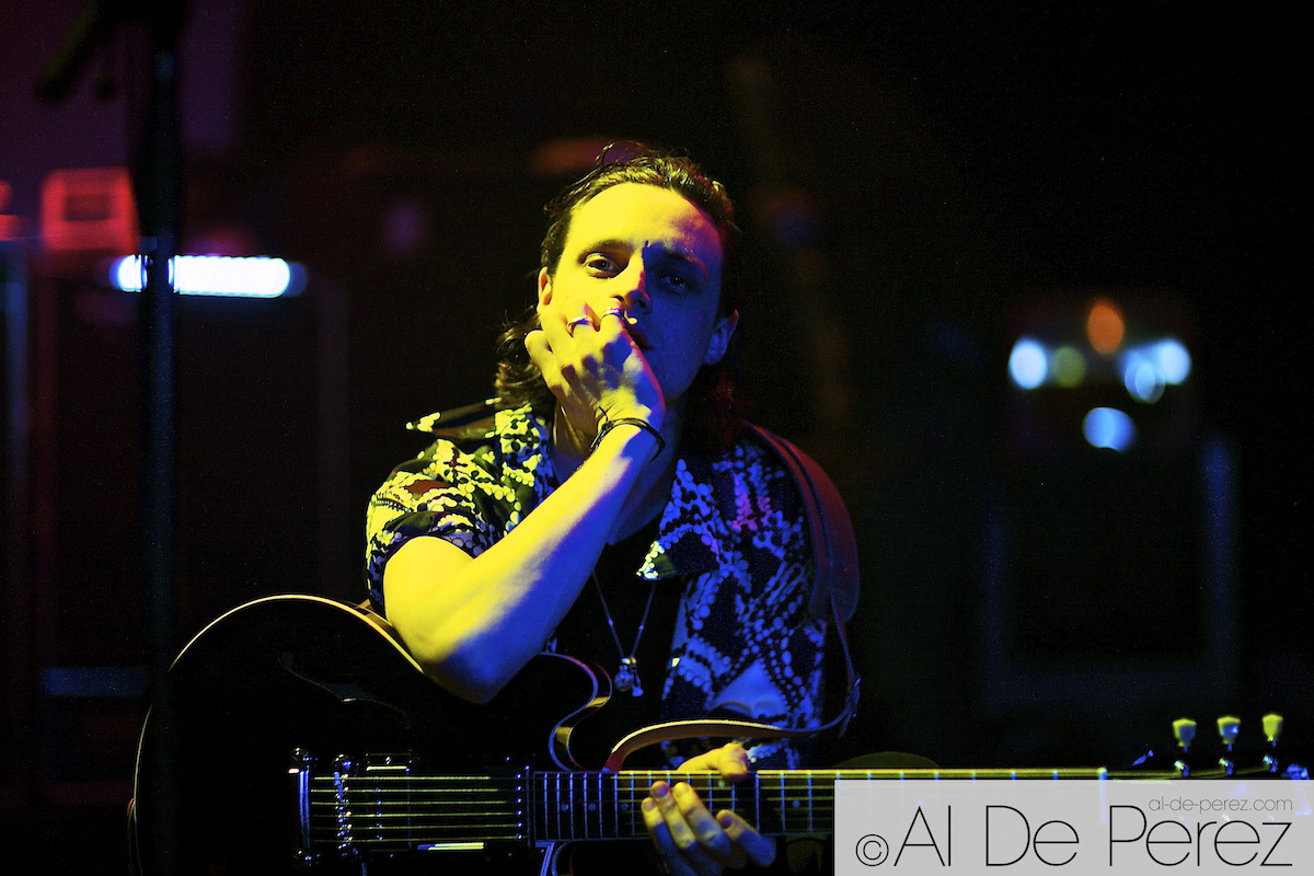 Hugo White - The Maccabees © Al de Perez