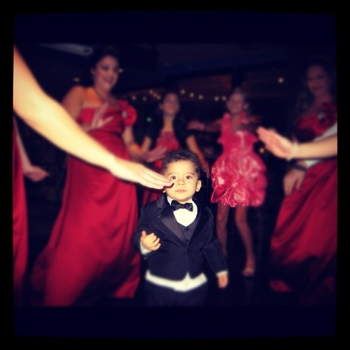 Little men run the dance floor ☺ put your hands up!#instagood#dancing#children#wedding#fun#goodtimes#picoftheday#igramers#instahub#cutekids#iphonesia#iphonephotography (Taken with instagram)