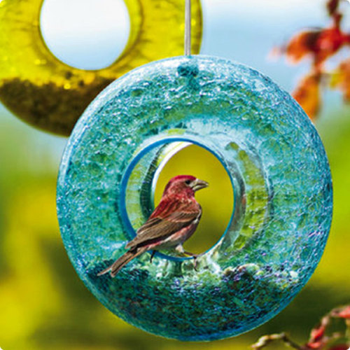 qandplanter:  This colorful glass bird feeder caught my eye… and I'm color-blind!