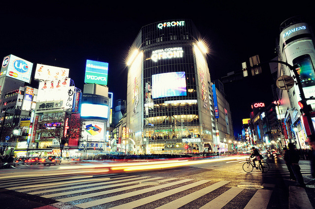 urbanthesia:  Shibuya Crossing by Jon Siegel on Flickr.