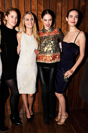 officialstyledotcom:  Top models Crystal Renn, Coco Rocha, Doutzen Kroes, and more united to celebrate the Model Alliance.  Sara Ziff is seriously one of the most amazing human beings in the world today. I love that she has such a big heart and the drive to make change for the injustices she sees in her everyday life. Granted, her everyday life was something much different that what it is for most, as a member of the fashion elite — a model who once walked the top runways in New York, London, Milan, and Paris. I can only continue to strive to work toward the greatness she has achieved. I want to be a global citizen who makes change, just like she is! DEAR SARA ZIFF AND JENNA SAUERS, PLEASE HIRE ME, I LOVE YOU. LOVE ALWAYS, A FELLOW SARA-NO-H