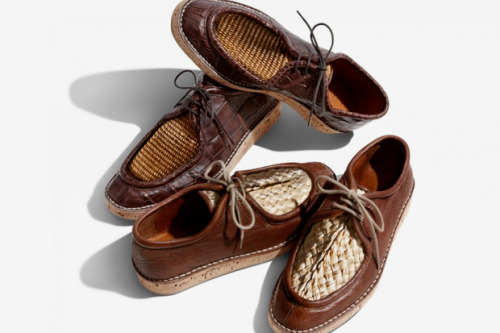 Burberry 2012 Summer Raffia Upper Desert Loafers