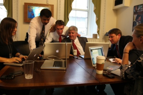 "lessthanawake:  White House answering science questions on Twitter.  ""Bill Nye, the Science Guy and CEO of the Planetary Society, Dr Neil deGrasse Tyson,  astrophysicist at the American Museum of Natural History, and Tom Kalil,  Deputy Director for Policy in the White House Office of Science and  Technology Policy, respond to your questions during White House Office  Hours."""