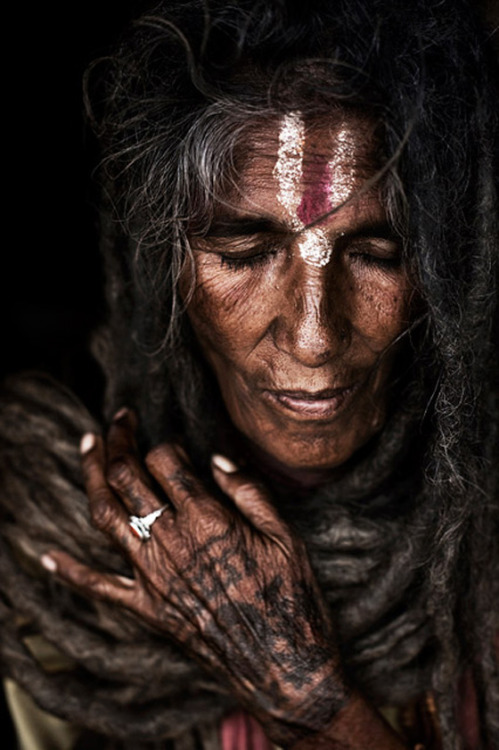 Photo by Steve McCurry: tribal woman.