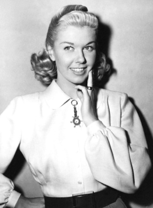 "(via Doris Day - between scenes on ""It's A Great Feeling"" 1949 