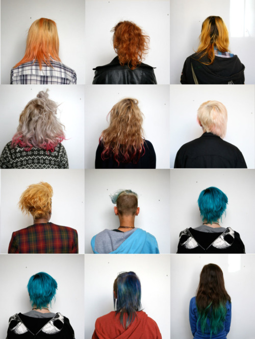 sophieowls:   art student hair   i want blue hair sob.