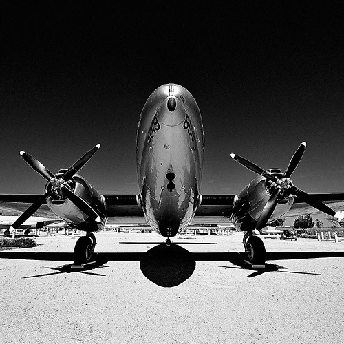 rod42:  commando. palmdale, ca. 2011. (by eyetwist)