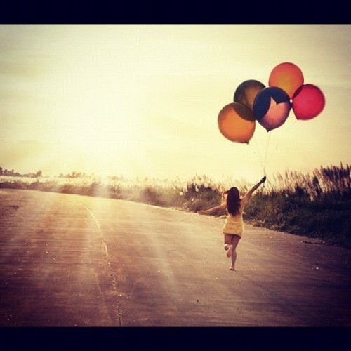 Que hay mas alla.. #instagram #balloons #happiness (Taken with instagram)