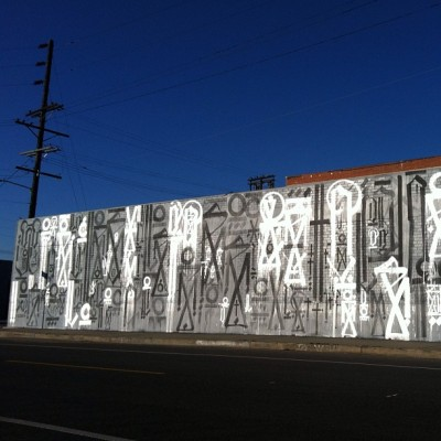Last one of the #retna piece. That's not White paint, it's Silver, and when the morning sun hits it, it lights up like you wouldn't believe. #thingsinmyneighborhood (Taken with Instagram at 6th Street Bridge)