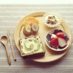 robot-heart:  Breakfast (by yocca)